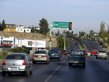В Шымкенте на 30 минут было парализовано движение по республиканской трассе