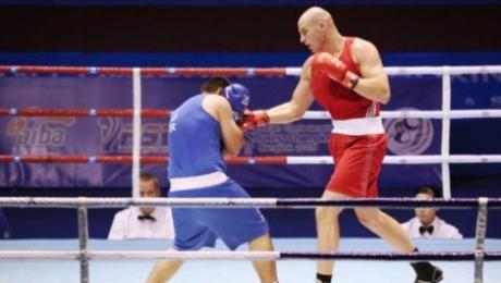 Шесть казахстанских боксеров поборются сегодня за