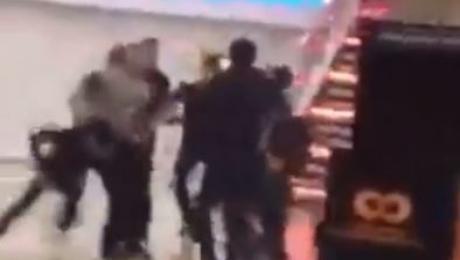 Полиция Алматы установила личности дерущихся в одном из ТЦ города
