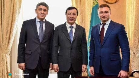 Адильбек Джаксыбеков представил новых акимов районов «Алматы» и «Сарыарка»