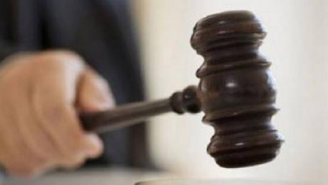 Государственный судоисполнитель осужден в Алматинской области на 3 года тюрьмы