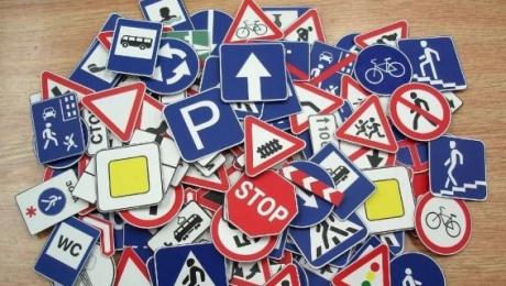 Лишь 13 из 100 казахстанских водителей знают ПДД