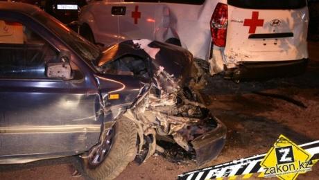 В Алматы на 5 лет лишили прав водителя, который в пьяном виде протаранил несколько машин