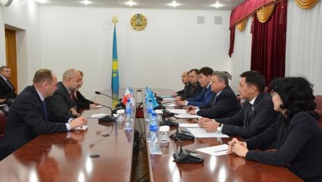 Вопросы сотрудничества обсудил аким Акмолинской области c послом Польши в Казахстане